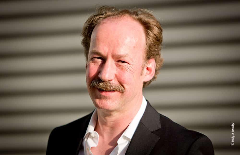 Künstler Portrait des Schauspielers Ulrich Noethen (107)